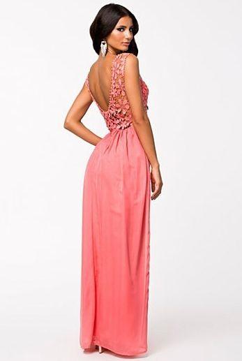 f20d551fce00 lososové dlouhé šaty s krajkou - plesové šaty